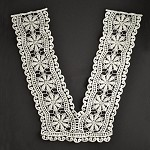 Vintage Cluny Lace Collar Applique, Bridal Applique, 12-1/2